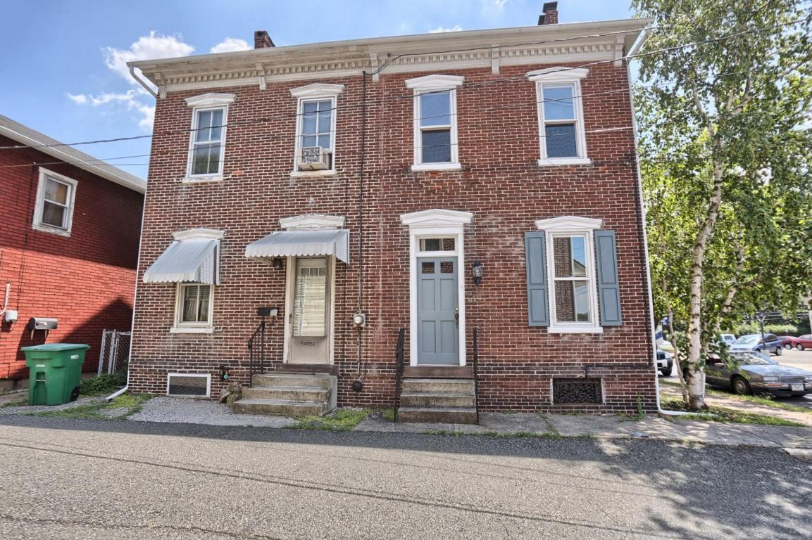 147 E 2ND Street, Boyertown, PA 19512 (MLS #254032) :: The Craig Hartranft Team, Berkshire Hathaway Homesale Realty