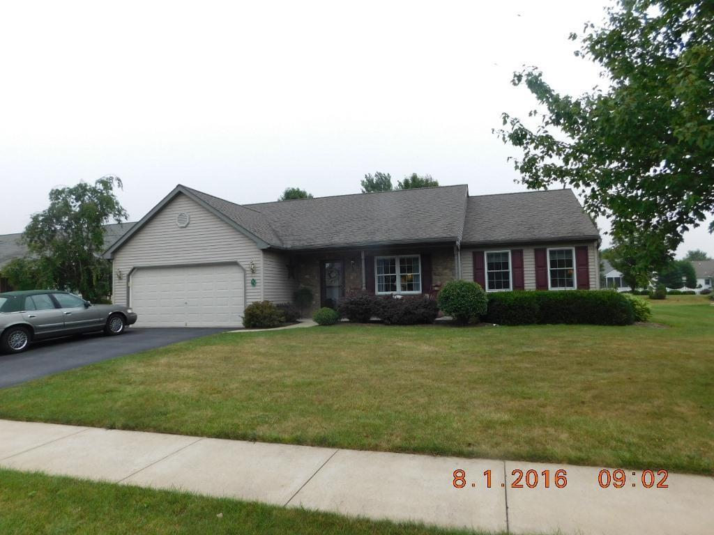 21 Greenbriar Drive, Myerstown, PA 17067 (MLS #254309) :: The Craig Hartranft Team, Berkshire Hathaway Homesale Realty