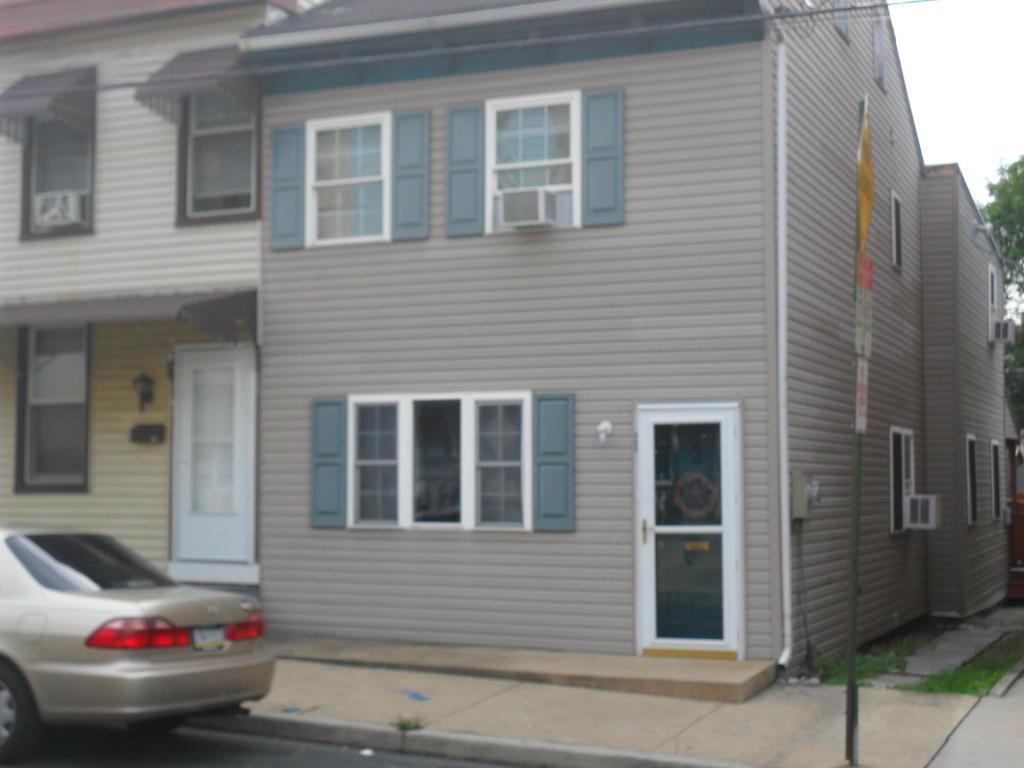 115 S 3RD Street, Lebanon, PA 17042 (MLS #254703) :: The Craig Hartranft Team, Berkshire Hathaway Homesale Realty