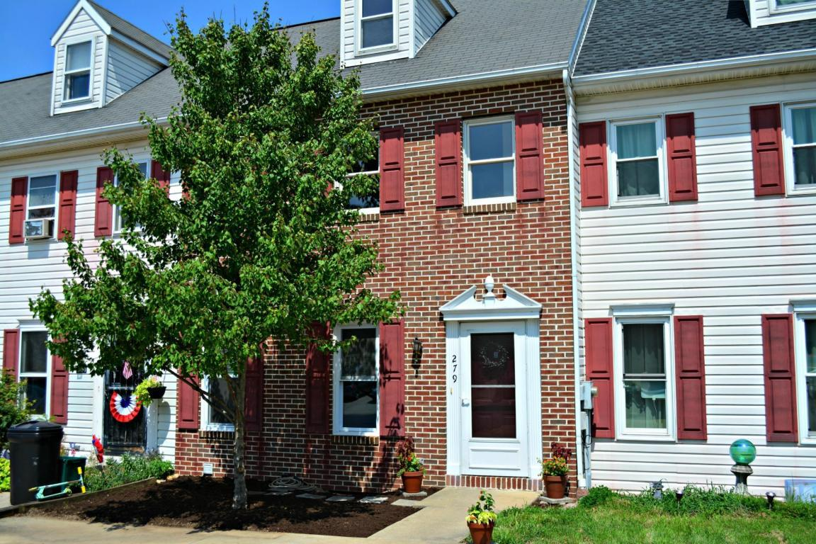 279 Heatherwood Drive, Ephrata, PA 17522 (MLS #254826) :: The Craig Hartranft Team, Berkshire Hathaway Homesale Realty