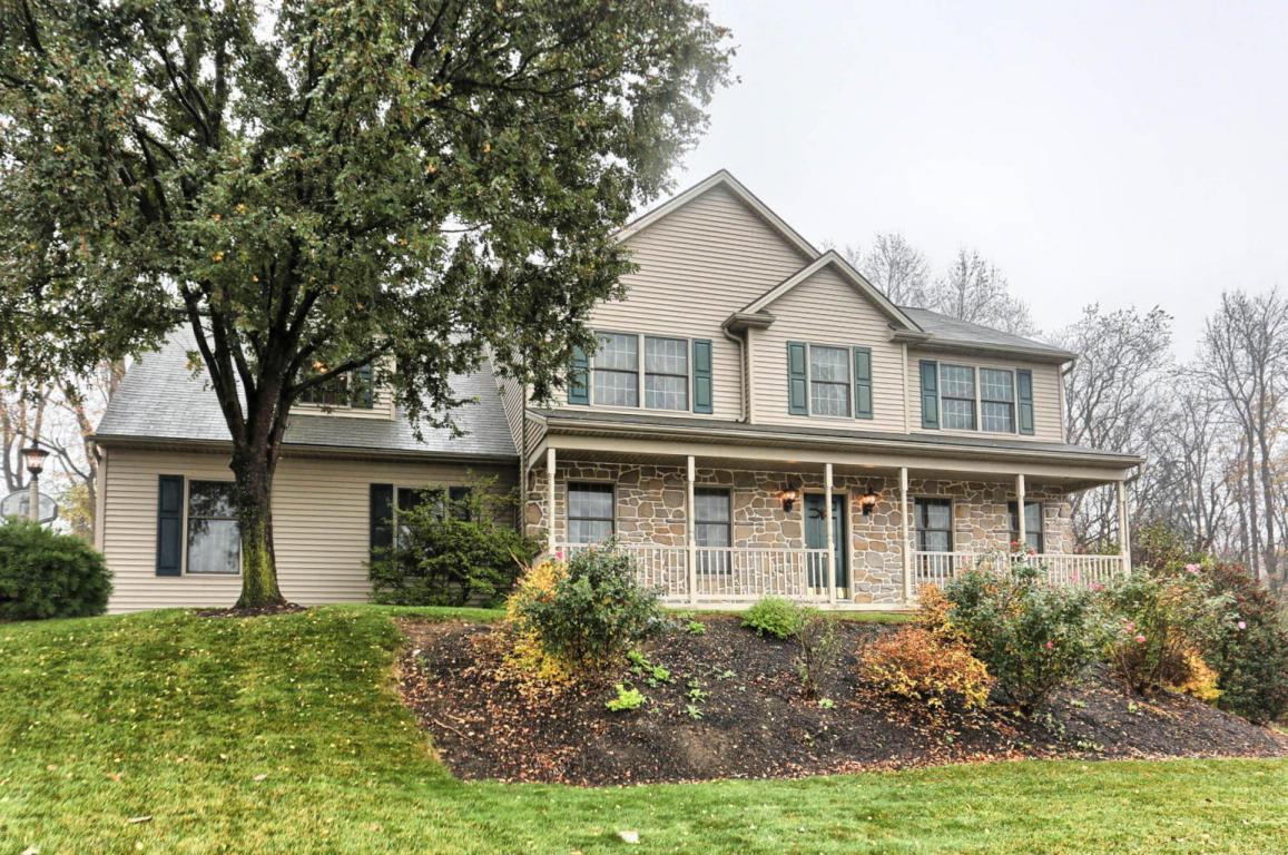 32 Silver Drive, Elizabethtown, PA 17022 (MLS #254969) :: The Craig Hartranft Team, Berkshire Hathaway Homesale Realty