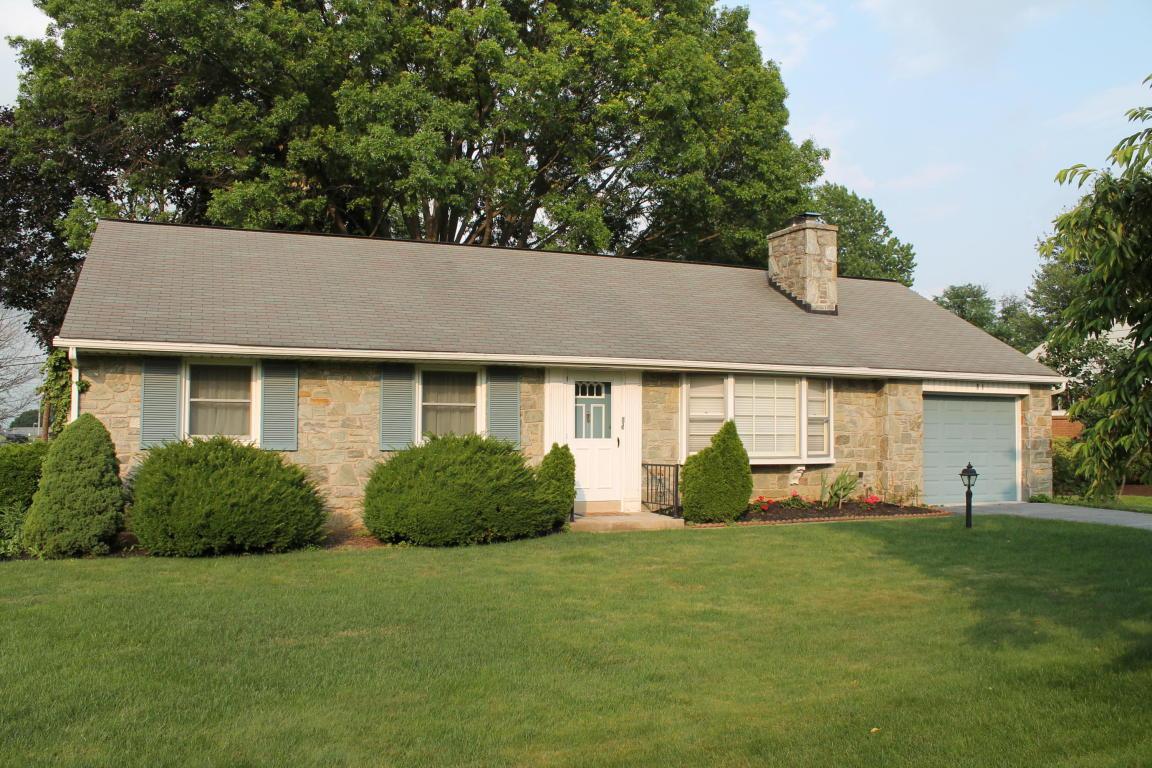 81 Highland Drive, Lancaster, PA 17602 (MLS #255683) :: The Craig Hartranft Team, Berkshire Hathaway Homesale Realty