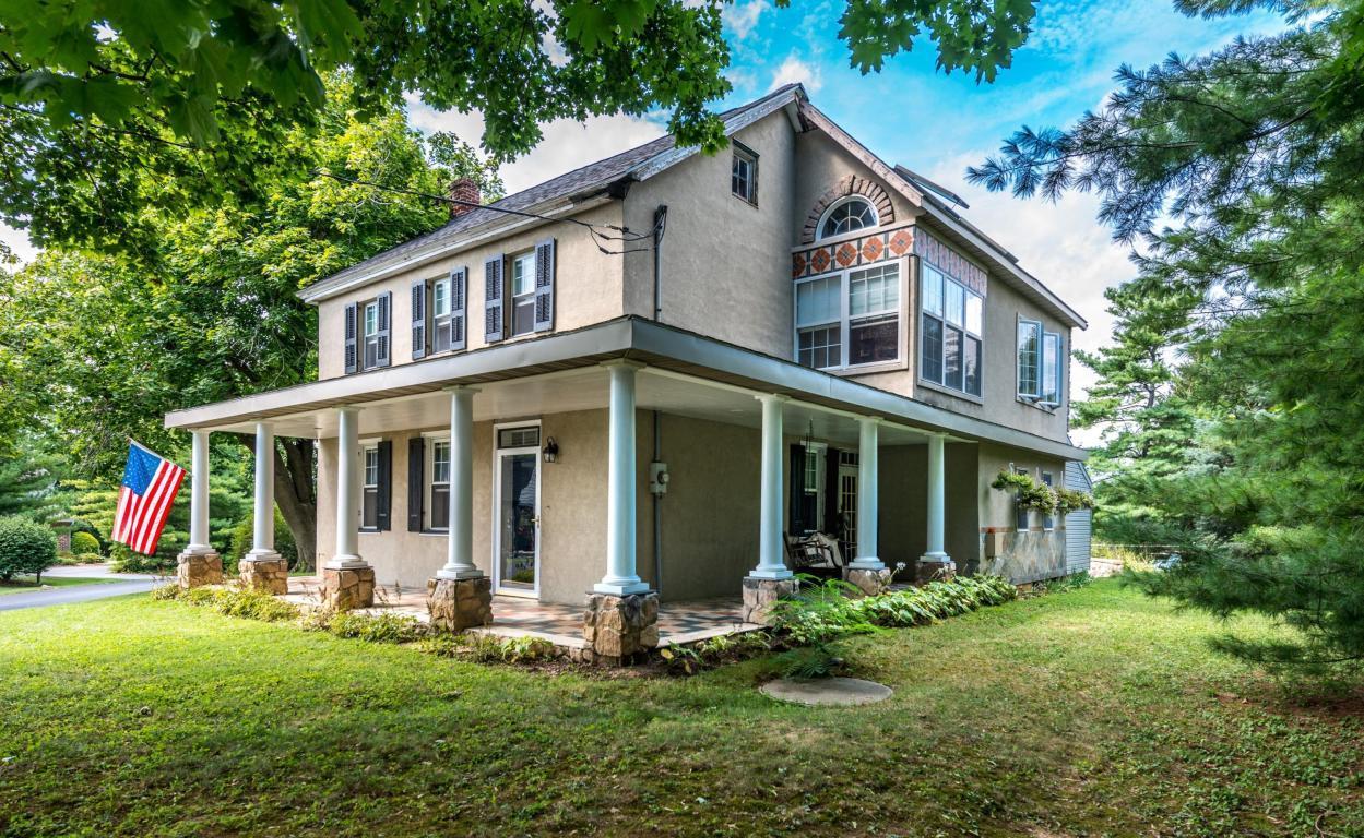 19 School Drive, Leola, PA 17540 (MLS #255707) :: The Craig Hartranft Team, Berkshire Hathaway Homesale Realty