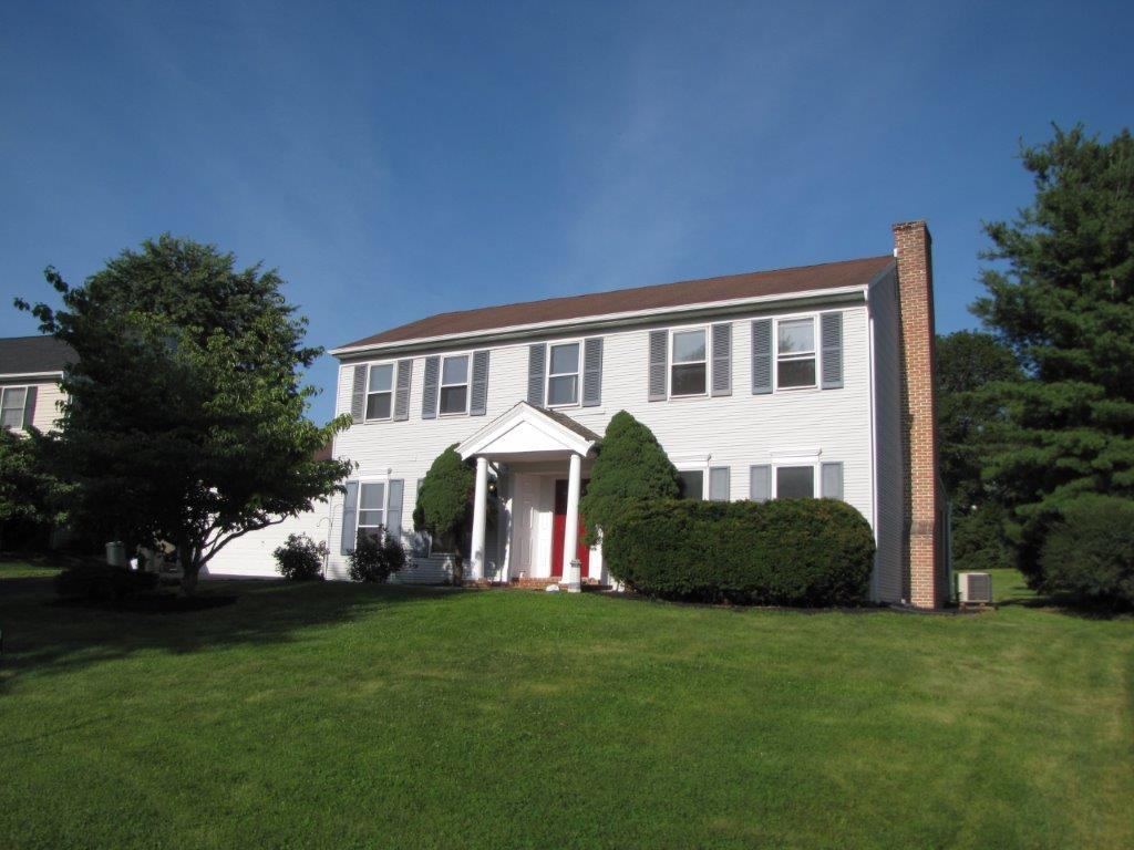 135 Springfield Road, Landisville, PA 17538 (MLS #256148) :: The Craig Hartranft Team, Berkshire Hathaway Homesale Realty