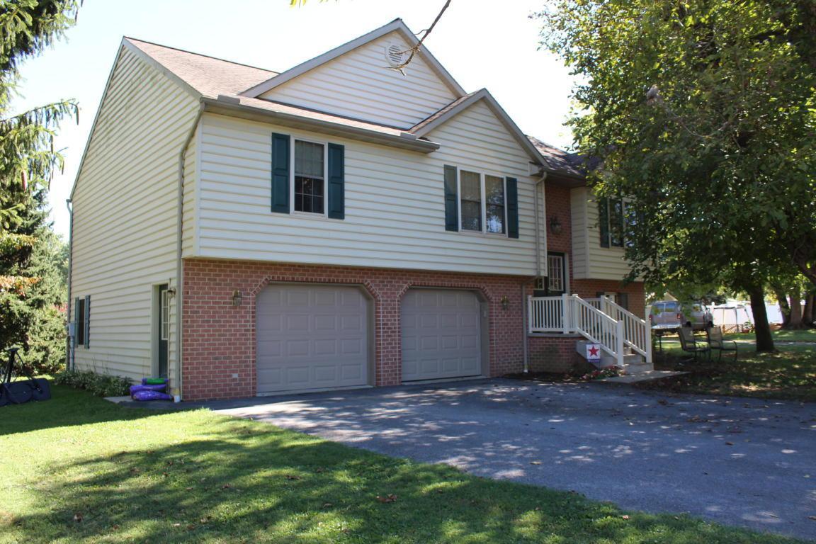 100 Jones Street, Marietta, PA 17547 (MLS #256616) :: The Craig Hartranft Team, Berkshire Hathaway Homesale Realty