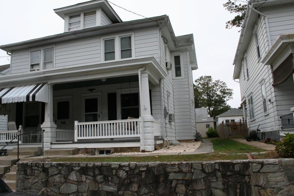 320 W Sunset Avenue, Ephrata, PA 17522 (MLS #256620) :: The Craig Hartranft Team, Berkshire Hathaway Homesale Realty