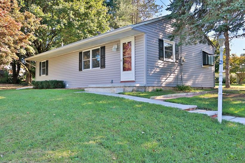 10 Chestnut Street, Rehrersburg, PA 19550 (MLS #256727) :: The Craig Hartranft Team, Berkshire Hathaway Homesale Realty