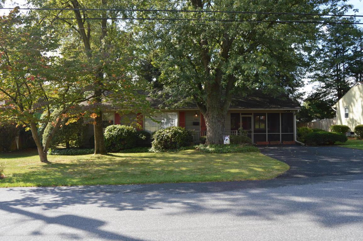 420 Redwood Drive, Lancaster, PA 17603 (MLS #256756) :: The Craig Hartranft Team, Berkshire Hathaway Homesale Realty