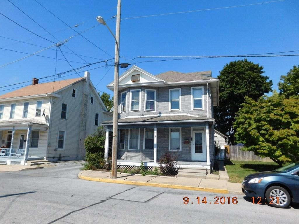 19 E Bahney Avenue, Myerstown, PA 17067 (MLS #256774) :: The Craig Hartranft Team, Berkshire Hathaway Homesale Realty