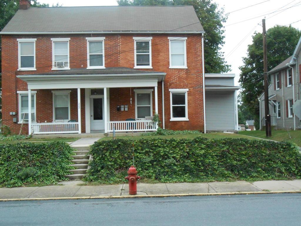 222 E High Street Apt. C, Manheim, PA 17545 (MLS #256814) :: The Craig Hartranft Team, Berkshire Hathaway Homesale Realty