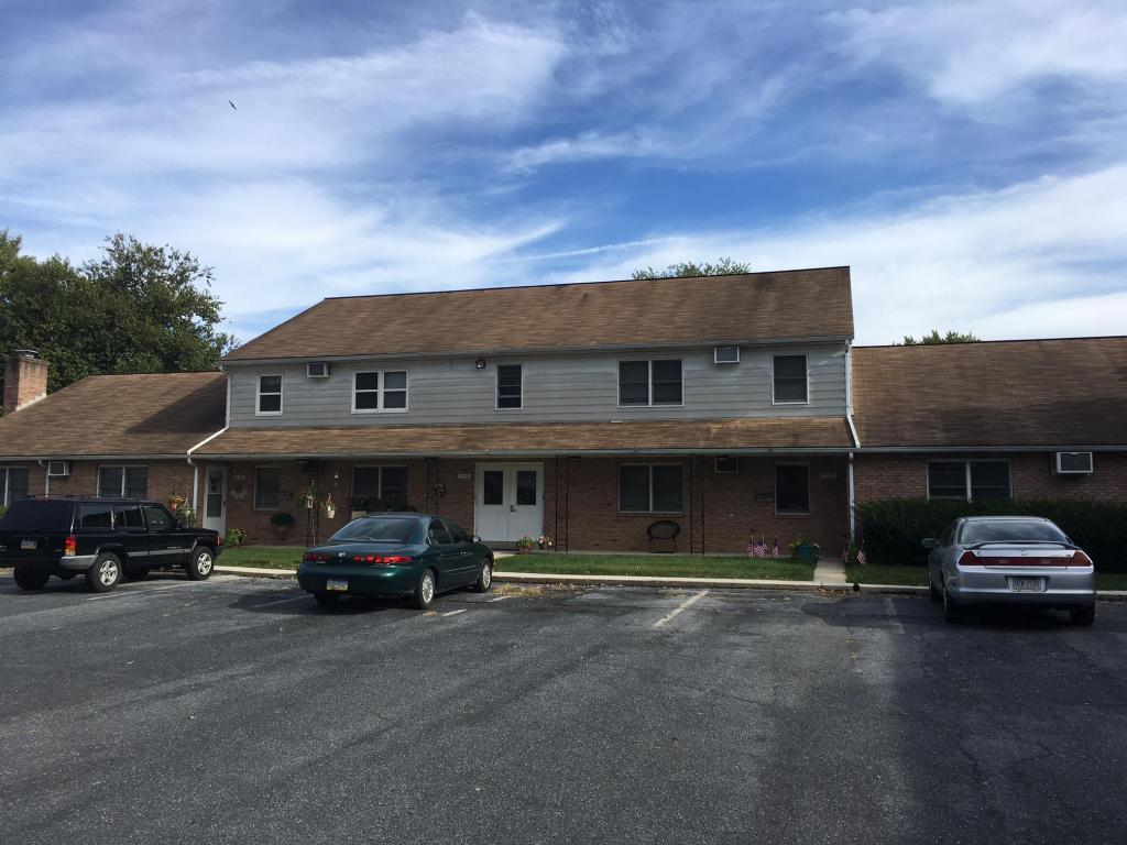 956 E Maple Street B, Palmyra, PA 17078 (MLS #256821) :: The Craig Hartranft Team, Berkshire Hathaway Homesale Realty