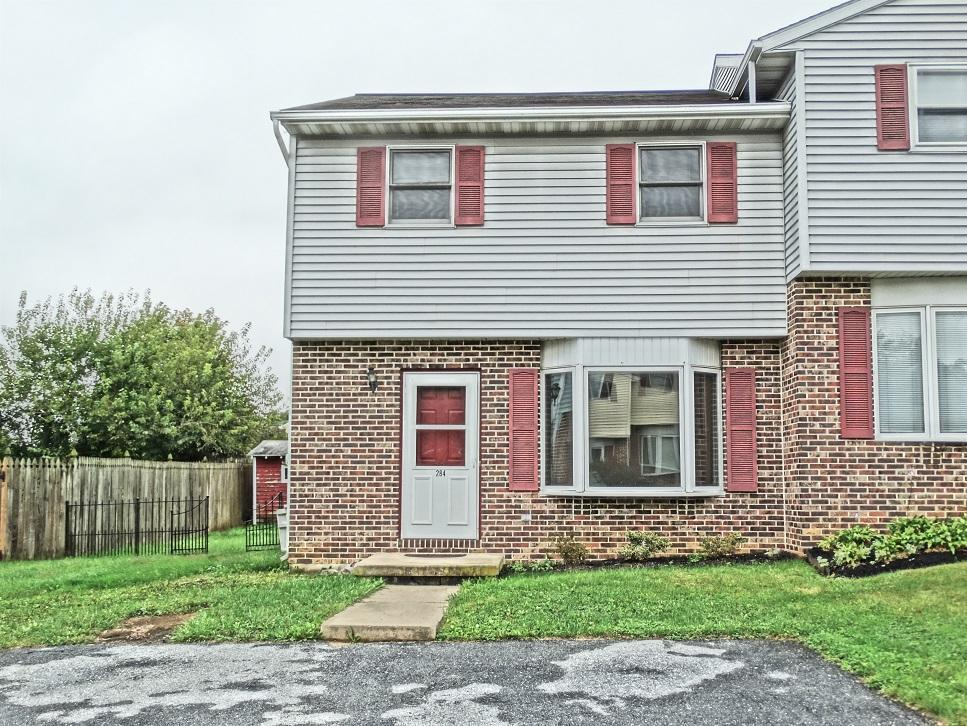 284 Riverview Drive, Ephrata, PA 17522 (MLS #256858) :: The Craig Hartranft Team, Berkshire Hathaway Homesale Realty