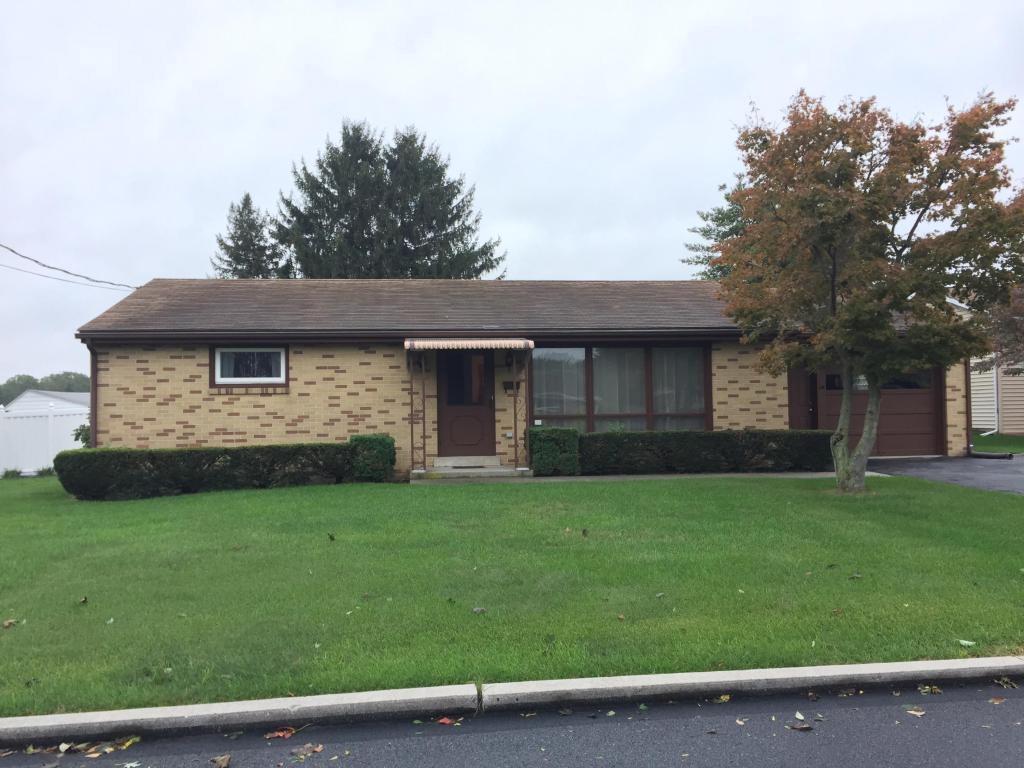 502 Adam Drive, Lebanon, PA 17042 (MLS #256880) :: The Craig Hartranft Team, Berkshire Hathaway Homesale Realty