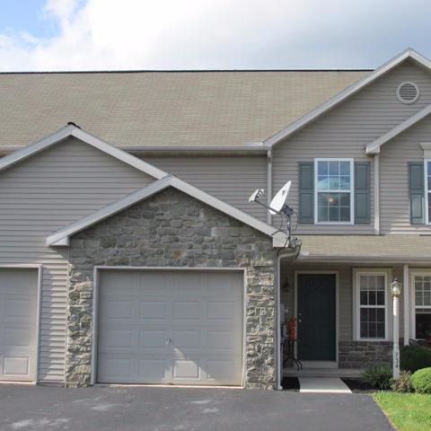 734 Mount Gretna Road, Elizabethtown, PA 17022 (MLS #256899) :: The Craig Hartranft Team, Berkshire Hathaway Homesale Realty