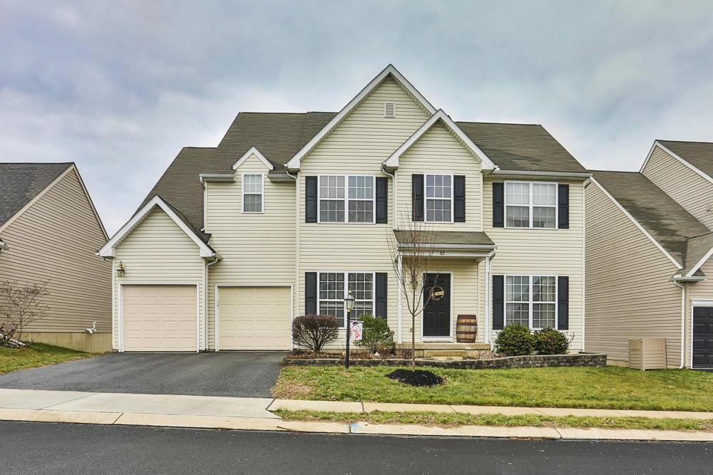 82 Grayson Avenue, East Earl, PA 17519 (MLS #257204) :: The Craig Hartranft Team, Berkshire Hathaway Homesale Realty
