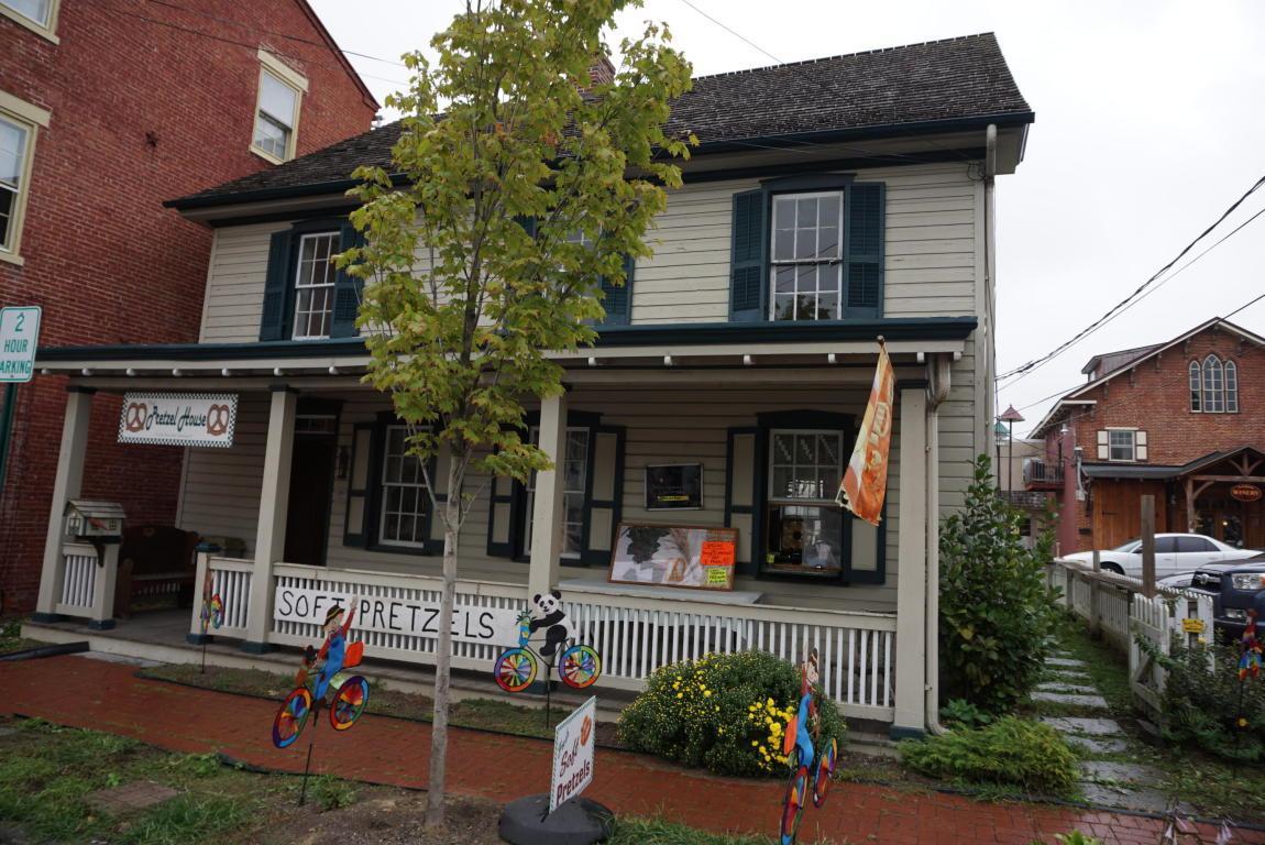 15 W Main Street, Strasburg, PA 17579 (MLS #257369) :: The Craig Hartranft Team, Berkshire Hathaway Homesale Realty