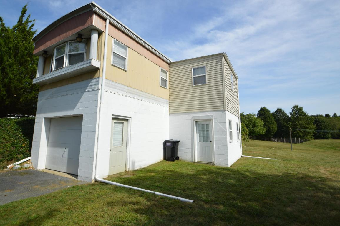 4949 Elizabethtown Road, Manheim, PA 17545 (MLS #257417) :: The Craig Hartranft Team, Berkshire Hathaway Homesale Realty
