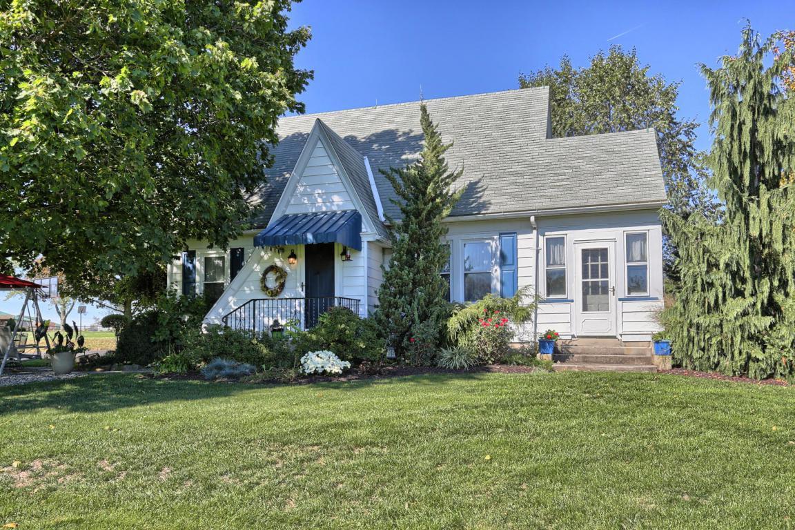 19 Dietrich Avenue, Strausstown, PA 19559 (MLS #257420) :: The Craig Hartranft Team, Berkshire Hathaway Homesale Realty