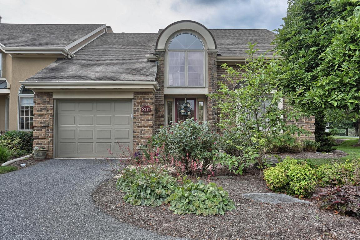 201 Willow Valley Drive, Lancaster, PA 17602 (MLS #257466) :: The Craig Hartranft Team, Berkshire Hathaway Homesale Realty