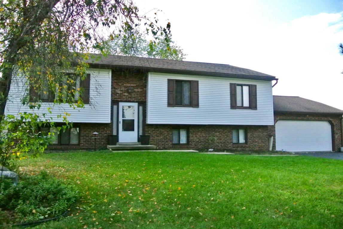 90 Meadow View Drive, Leola, PA 17540 (MLS #257484) :: The Craig Hartranft Team, Berkshire Hathaway Homesale Realty
