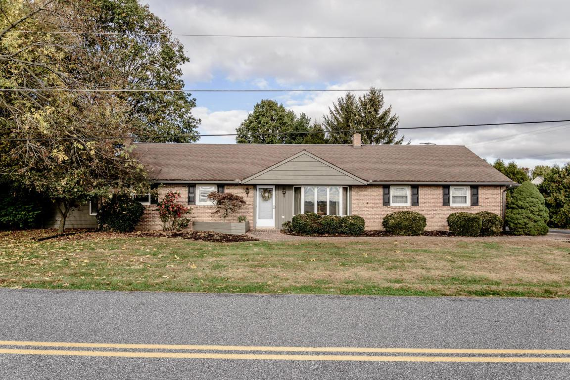 1012 Elbow Road, Lititz, PA 17543 (MLS #258026) :: The Craig Hartranft Team, Berkshire Hathaway Homesale Realty