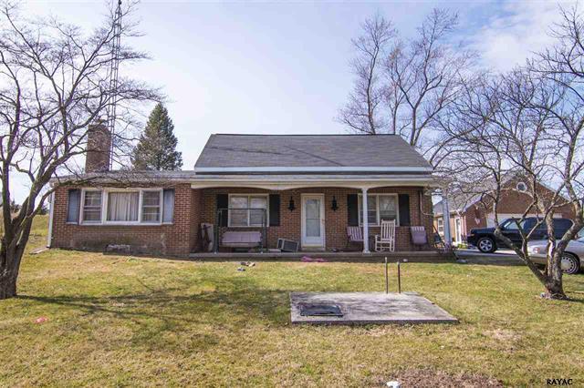 2257 Baltimore Pike, Hanover, PA 17331 (MLS #265651) :: The Craig Hartranft Team, Berkshire Hathaway Homesale Realty