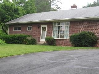 21 Pilgrim Drive, Lancaster, PA 17603 (MLS #265946) :: The Craig Hartranft Team, Berkshire Hathaway Homesale Realty