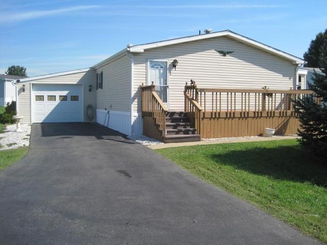 411 Pheasant Ridge Circle, Lancaster, PA 17603 (MLS #266439) :: The Craig Hartranft Team, Berkshire Hathaway Homesale Realty