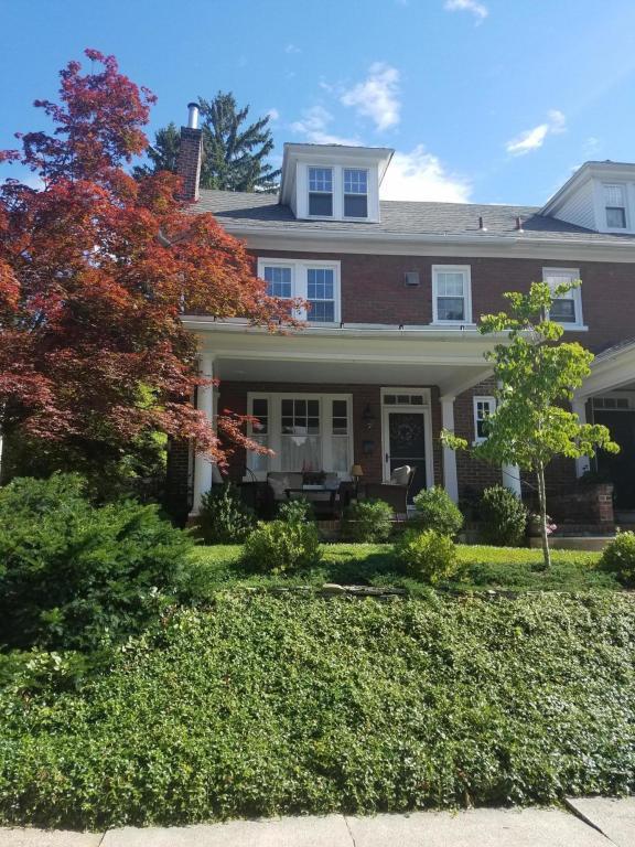1007 Woods Avenue, Lancaster, PA 17603 (MLS #266865) :: The Craig Hartranft Team, Berkshire Hathaway Homesale Realty
