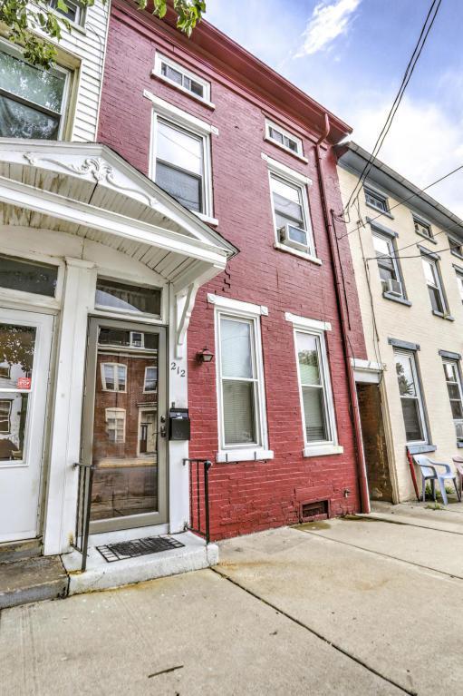 212 Walnut Street, Columbia, PA 17512 (MLS #267793) :: The Craig Hartranft Team, Berkshire Hathaway Homesale Realty