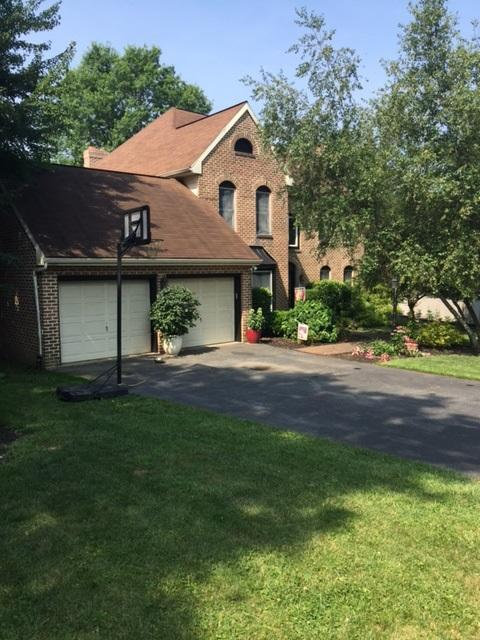 1089 Chapel Forge Drive, Lancaster, PA 17601 (MLS #267948) :: The Craig Hartranft Team, Berkshire Hathaway Homesale Realty