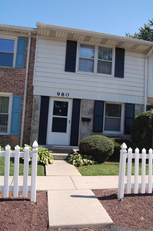 980 E Maple Street, Palmyra, PA 17078 (MLS #268784) :: The Craig Hartranft Team, Berkshire Hathaway Homesale Realty