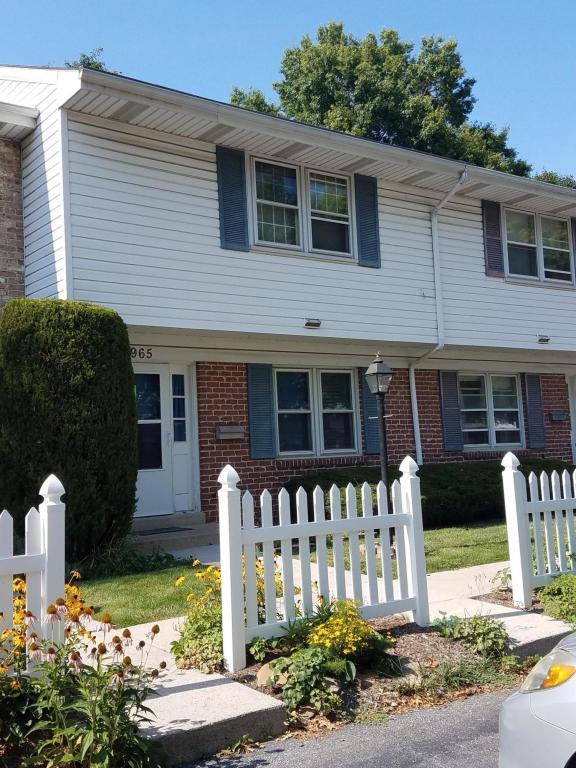 965 E Maple Street, Palmyra, PA 17078 (MLS #268867) :: The Craig Hartranft Team, Berkshire Hathaway Homesale Realty