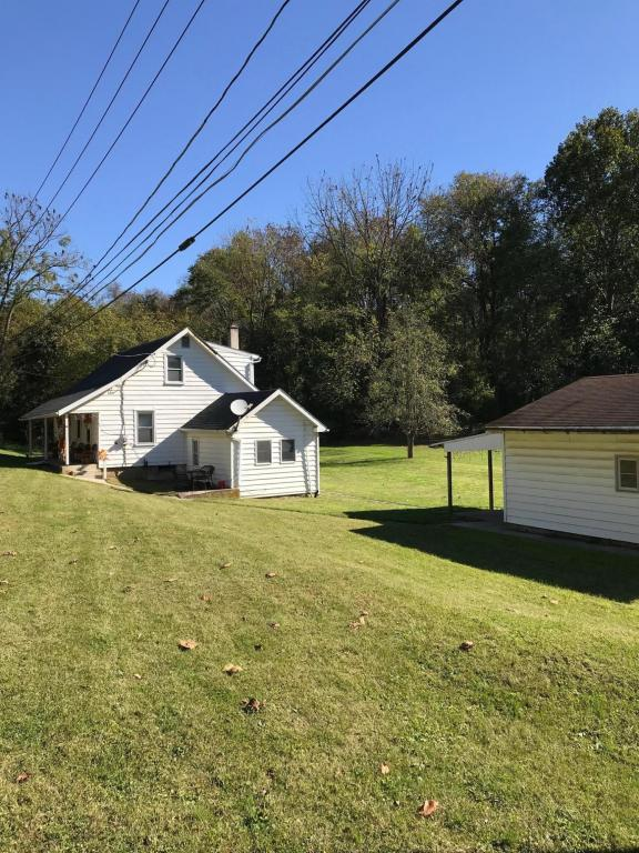 1698 Walbank Road, Lancaster, PA 17603 (MLS #271591) :: The Craig Hartranft Team, Berkshire Hathaway Homesale Realty