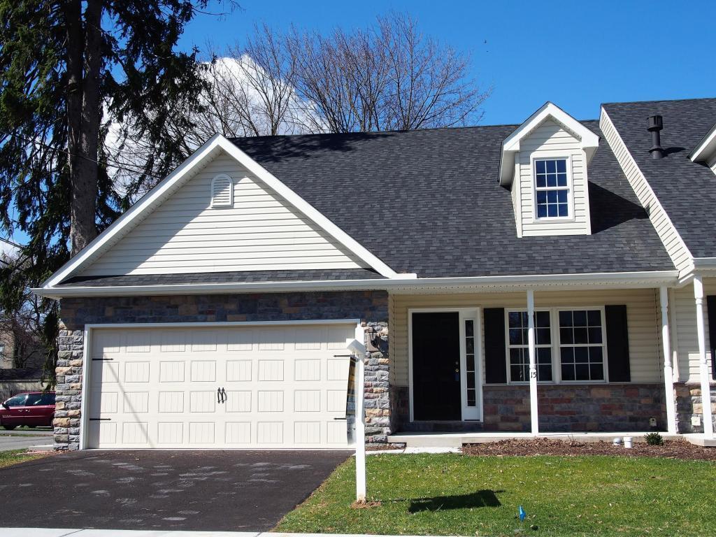 15 N Jacob Street, Mount Joy, PA 17552 (MLS #246749) :: The Craig Hartranft Team, Berkshire Hathaway Homesale Realty