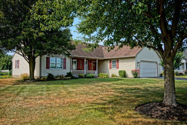 8 Brookside Circle, Myerstown, PA 17067 (MLS #254050) :: The Craig Hartranft Team, Berkshire Hathaway Homesale Realty