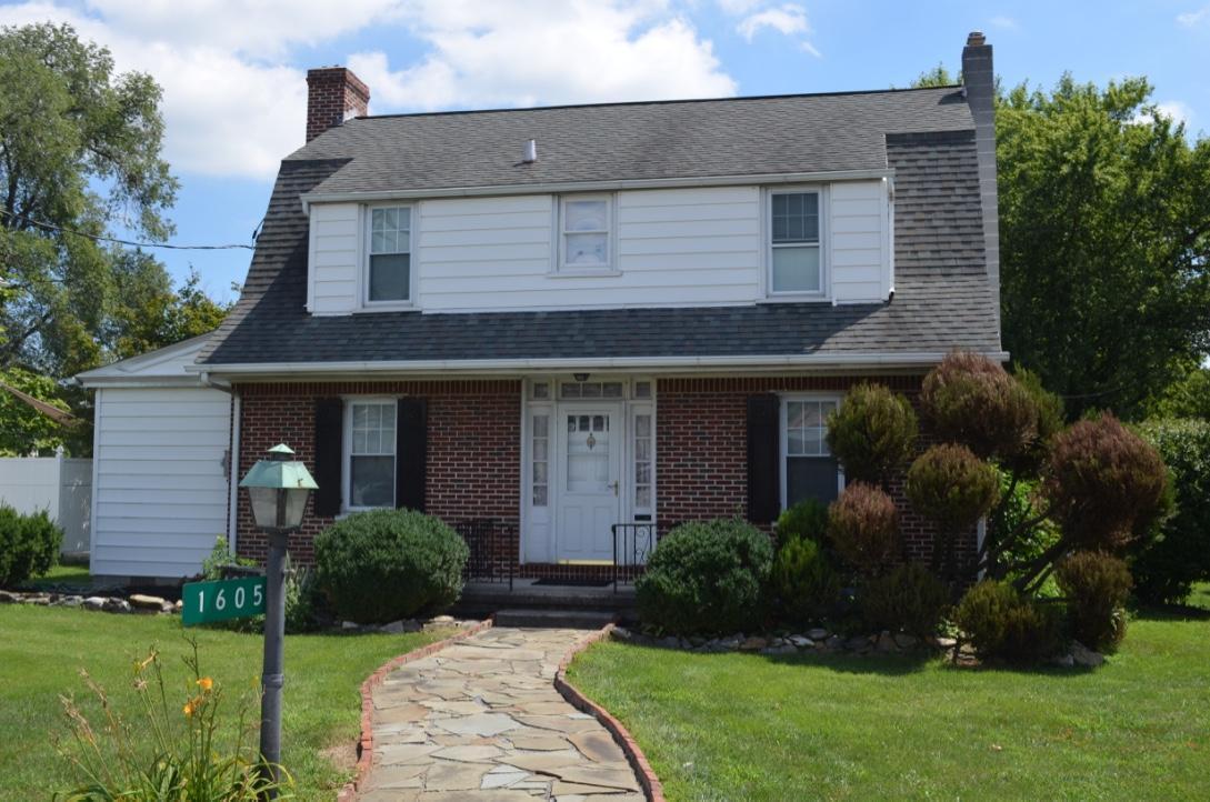 1605 Oregon Pike, Lancaster, PA 17601 (MLS #254705) :: The Craig Hartranft Team, Berkshire Hathaway Homesale Realty