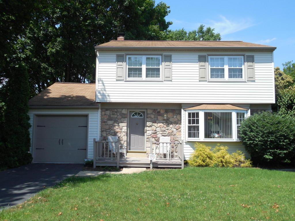 1625 Glenn Road, Lancaster, PA 17601 (MLS #255710) :: The Craig Hartranft Team, Berkshire Hathaway Homesale Realty