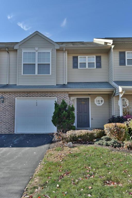 109 Cardinal Lane, Hummelstown, PA 17036 (MLS #256171) :: The Craig Hartranft Team, Berkshire Hathaway Homesale Realty