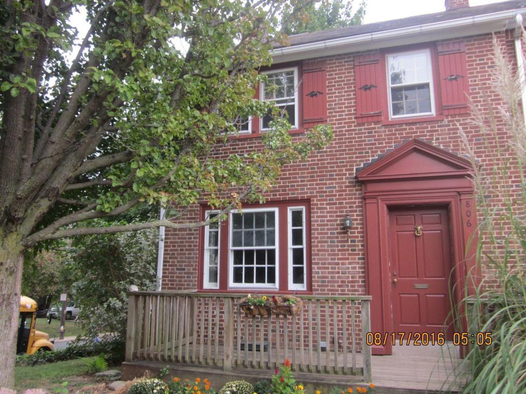 806 Fremont Street, Lancaster, PA 17603 (MLS #257530) :: The Craig Hartranft Team, Berkshire Hathaway Homesale Realty