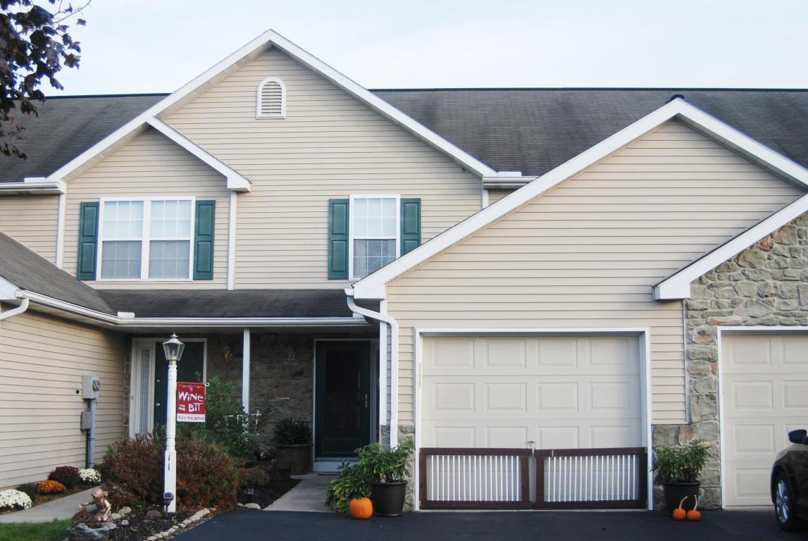 11 Sandstone Court, Lititz, PA 17543 (MLS #257531) :: The Craig Hartranft Team, Berkshire Hathaway Homesale Realty