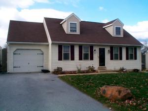 18 Barnhill Road, Denver, PA 17517 (MLS #262398) :: The Craig Hartranft Team, Berkshire Hathaway Homesale Realty
