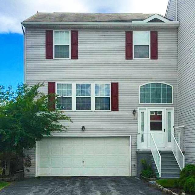 1012 Wooded Pond Drive, Harrisburg, PA 17111 (MLS #252101) :: The Craig Hartranft Team, Berkshire Hathaway Homesale Realty