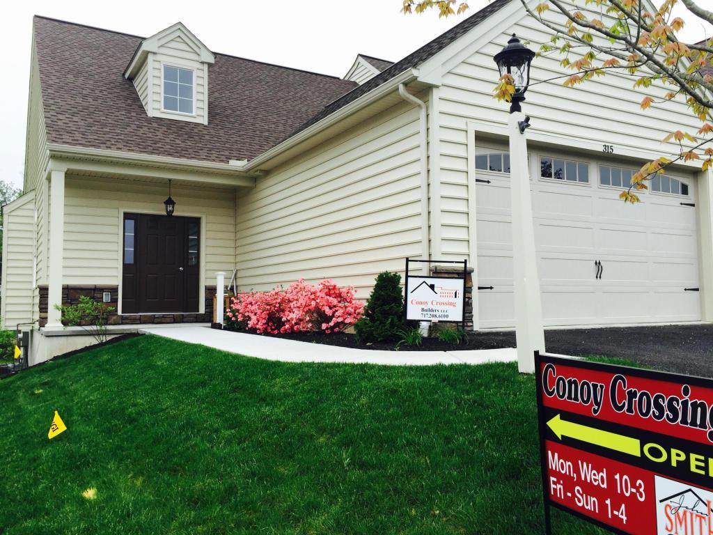 315 Masonic Drive #45, Elizabethtown, PA 17022 (MLS #242284) :: The Craig Hartranft Team, Berkshire Hathaway Homesale Realty