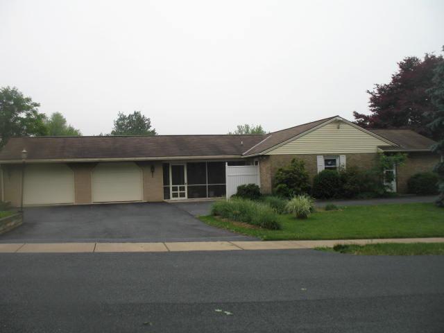 28 Colonial Drive, Jonestown, PA 17038 (MLS #252508) :: The Craig Hartranft Team, Berkshire Hathaway Homesale Realty