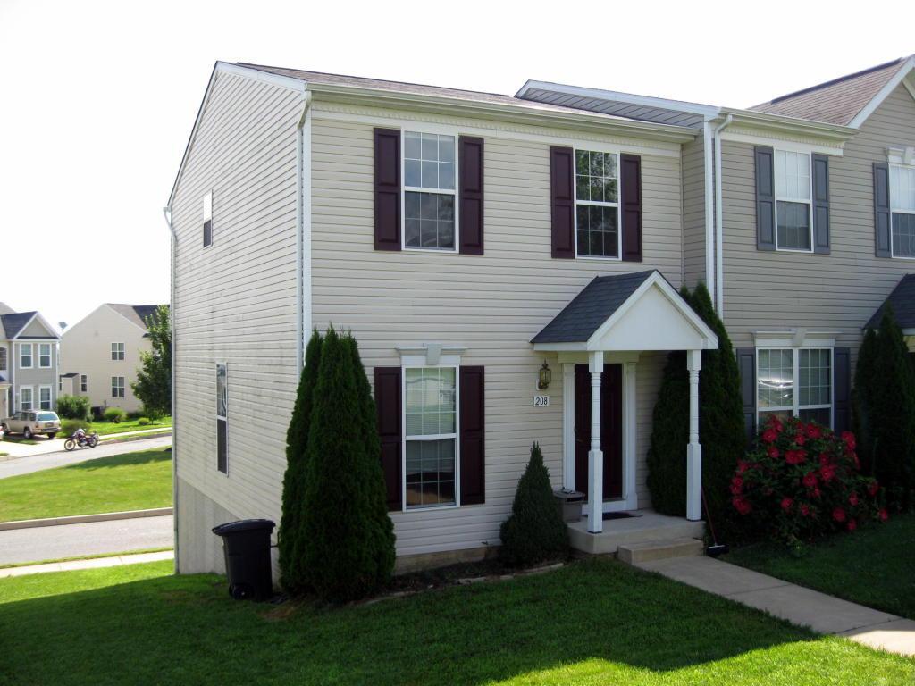 208 Kentshire Drive, Lancaster, PA 17603 (MLS #254111) :: The Craig Hartranft Team, Berkshire Hathaway Homesale Realty