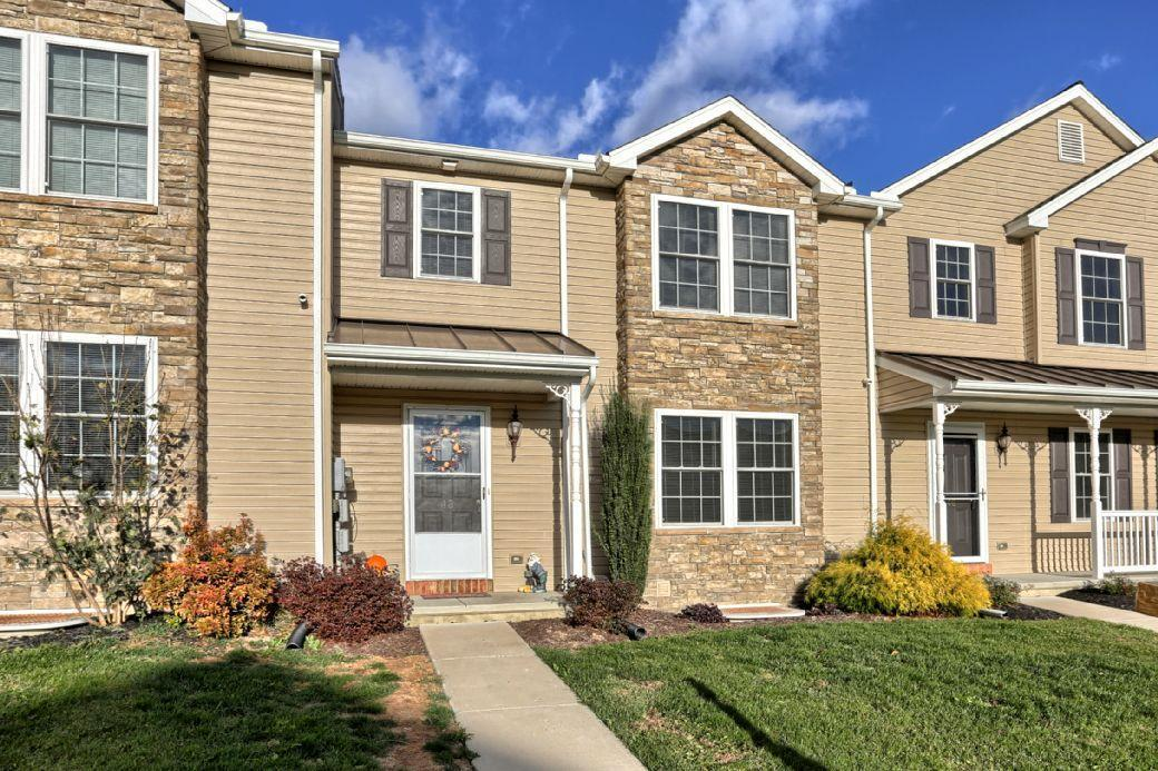 48 Gable Drive, Myerstown, PA 17067 (MLS #251138) :: The Craig Hartranft Team, Berkshire Hathaway Homesale Realty