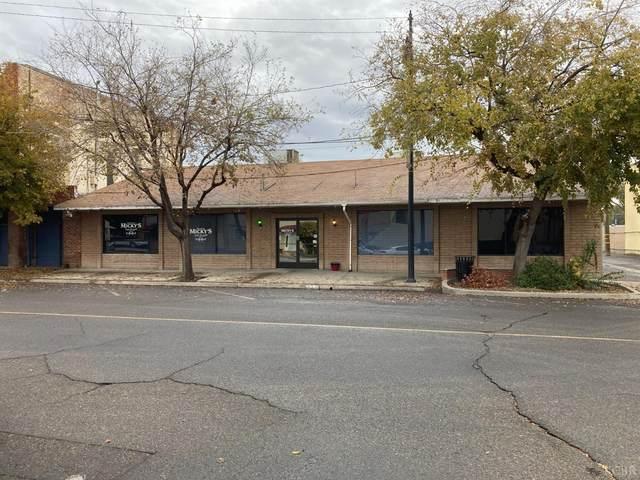 230 Fox Street, Lemoore, CA 93245 (#221002) :: Robyn Icenhower & Associates