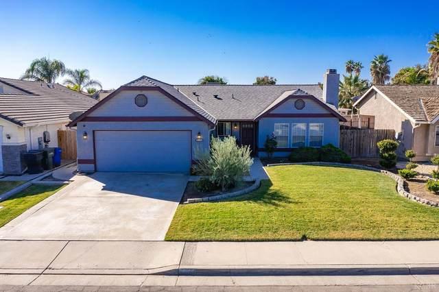 839 E Palm Drive, Hanford, CA 93230 (#222943) :: Robyn Icenhower & Associates