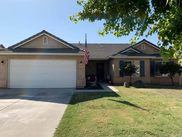 1327 Monarch Drive, Lemoore, CA 93245 (#222957) :: Robyn Icenhower & Associates